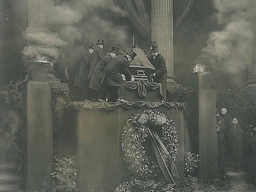 Aufbahrung des verschiedenen Eberts, März 1925
